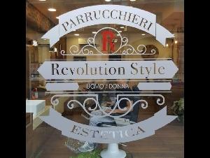 REVOLUTION STYLE PARRUCCHIERI-ESTETICA UOMO DONNA